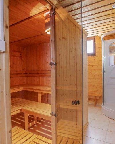 Quoi de mieux qu'un bon sauna après le ski ? Au chalet Le Bellevue c'est possible !